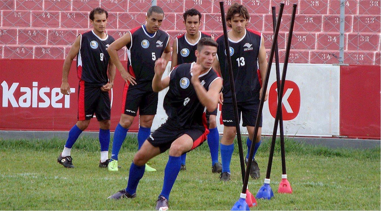 estaca profissional de campo para treino esportivo