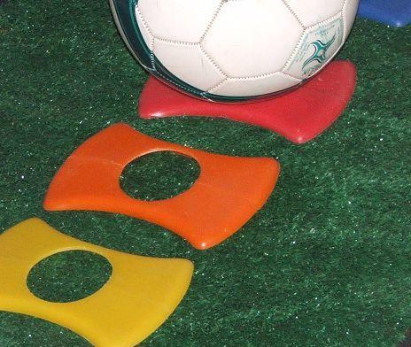 Placas de demarcação de campo e aparador de bola