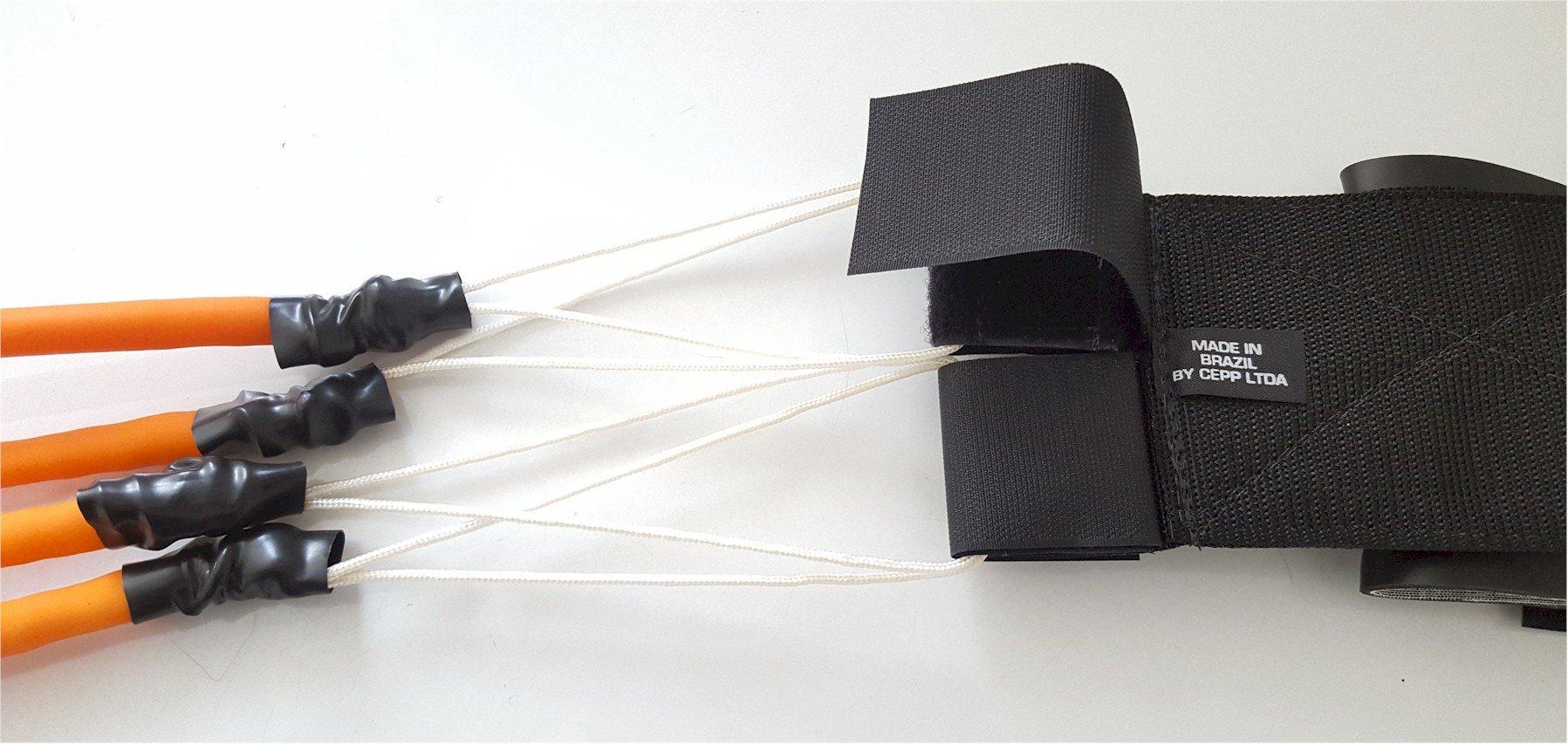 Sistema de Fechamento Triplo de Velcro - Total segurança na fixação dos elásticos no cinto, permitindo facilmente sua substituição.