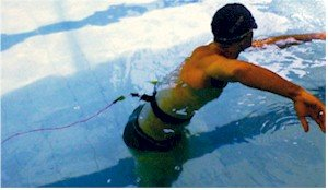 equipamentos para treino de natação e hidro