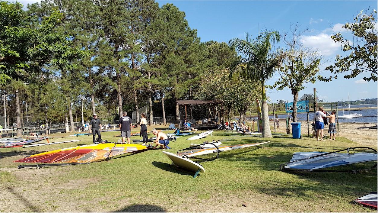 clube team brazil gramado do windsurf na represa de guarapiranga são paulo sp