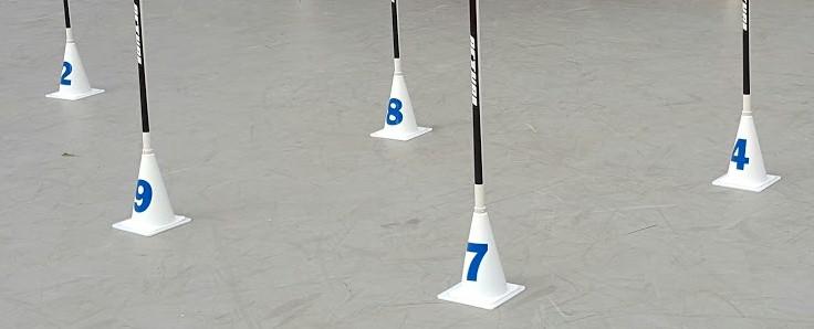 Devido a sua base plana e fixa, esta estaca dispensa a lança de perfuração no solo. Assim pode ser utilizada em qualquer tipo de piso!